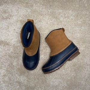 LaCrosse Pull on Duck Boot Navy and Tan size 5